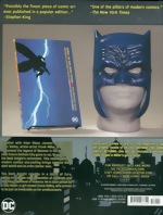 Batman_The Dark Knight Returns_Book & Mask Set